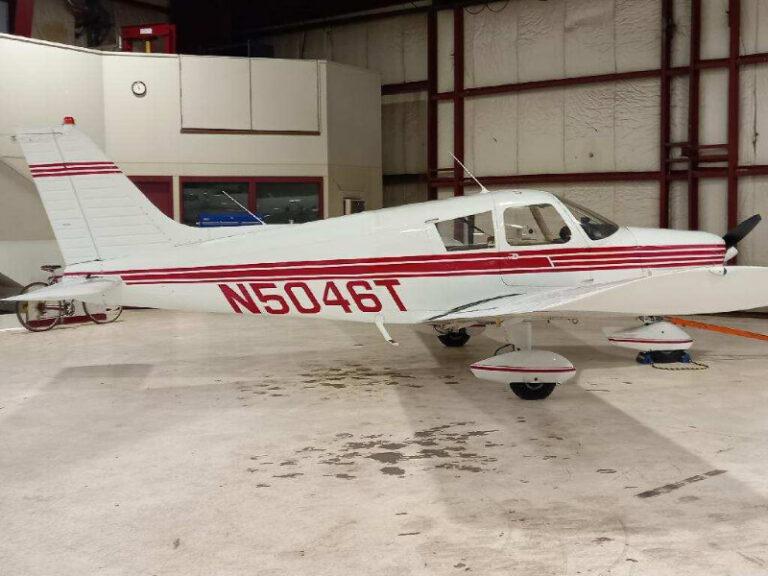 Saint Paul, MN Flight Training Aircraft in Hangar