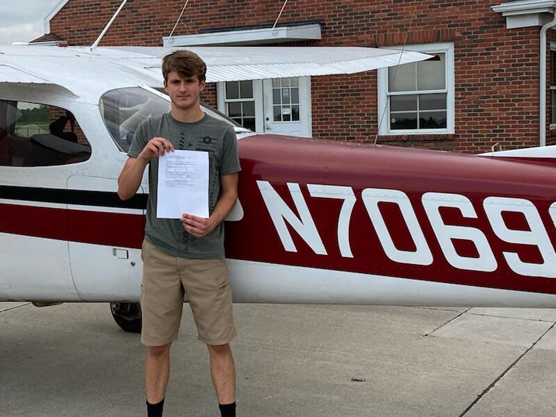 Chris Coffie | Private Pilot | KDSM | Instructor: Ferenc Cstalos